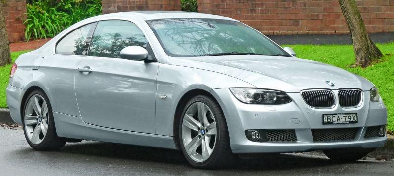 Проблеми BMW E90 - 320d, 323i, 325i 330i