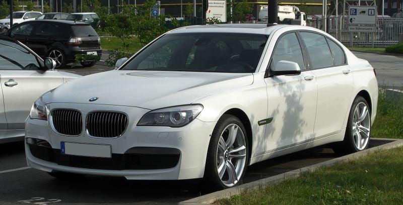 Мнения BMW F01 и F02 7-ма серия - Automoto.bg