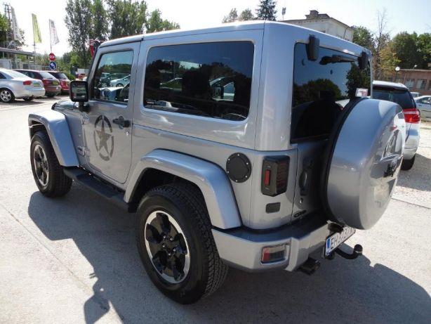 Jeep Wrangler - image 4