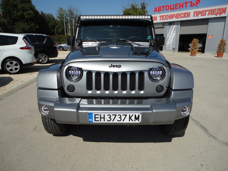 Jeep Wrangler - image 2