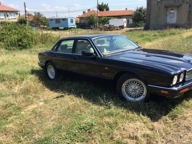 Jaguar XJ6 - image 2