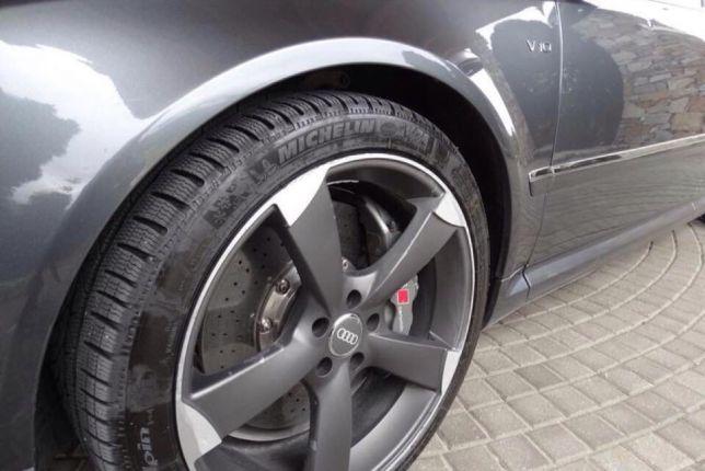 Audi S8 - image 6