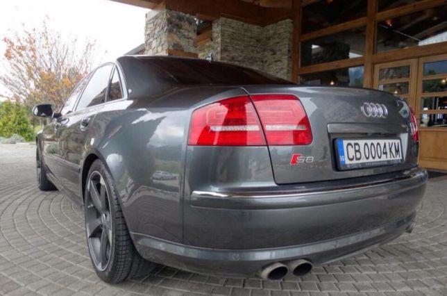 Audi S8 - image 8