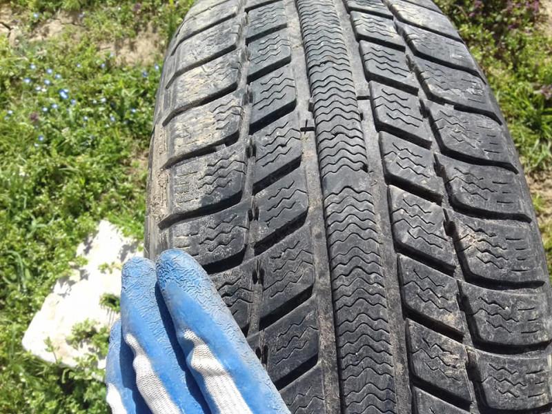 1 брой  гума 205/60/16 michelin мишелин  tyres