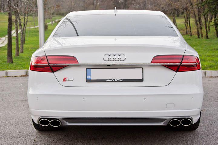 Audi A8 - image 6