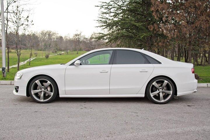 Audi A8 - image 9
