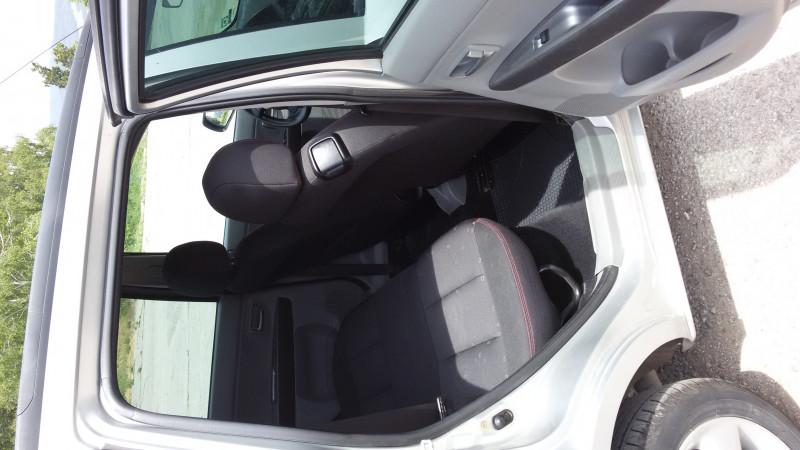 Mazda 2 - image 7