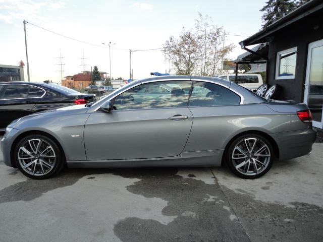 BMW 330 - image 2