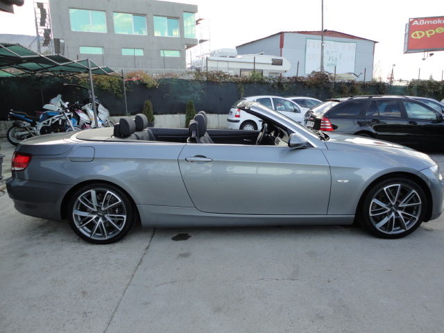 BMW 330 - image 13