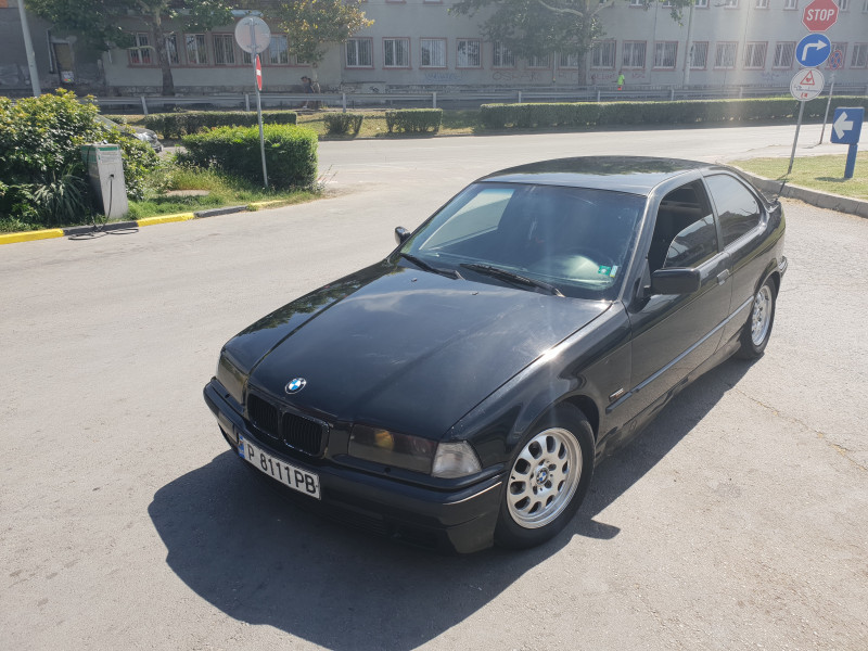 BMW 316 - image 1