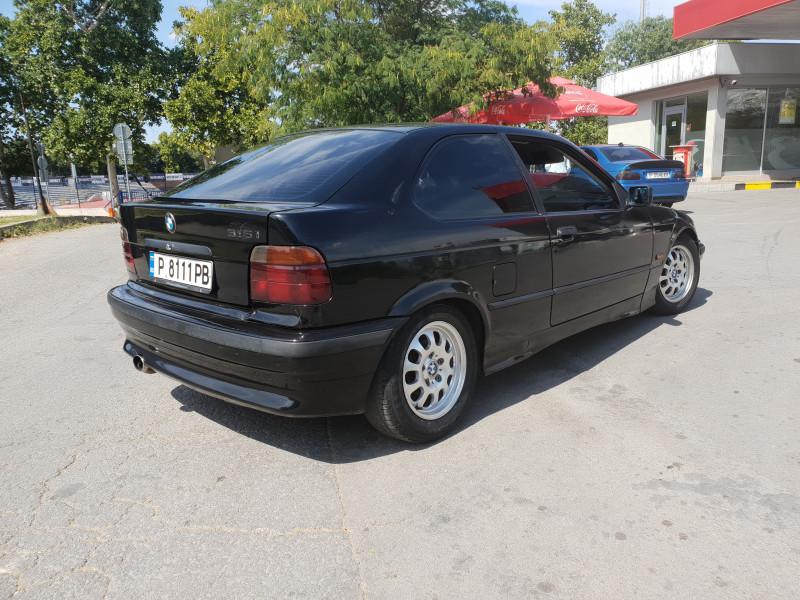 BMW 316 - image 7