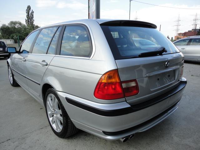 BMW 330 - image 3
