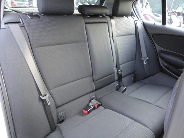BMW 118 - image 11