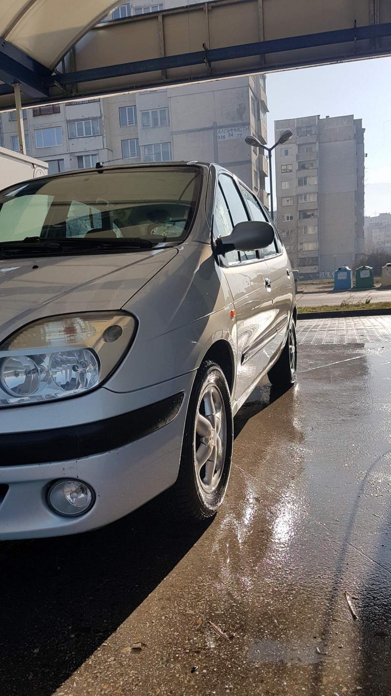 Renault Scenic - image 4