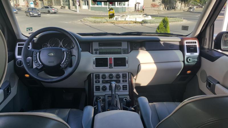 Land Rover Range Rover - image 7