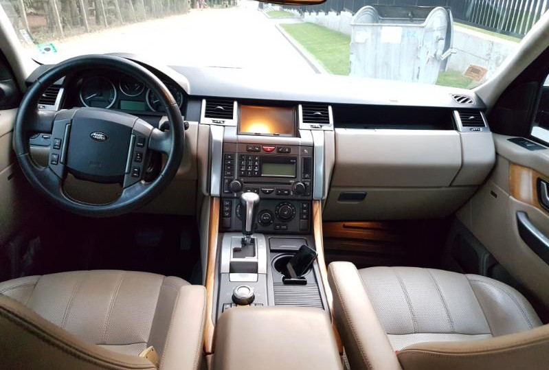 Land Rover Range Rover Sport - image 10