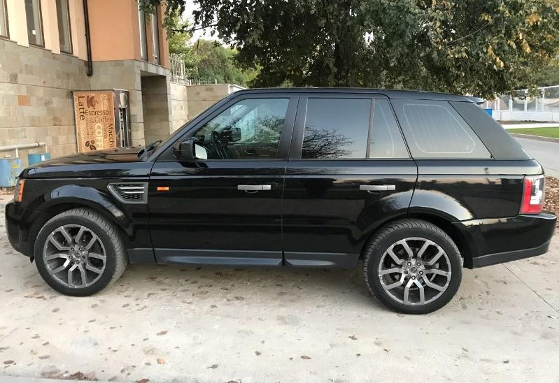 Land Rover Range Rover Sport - image 8