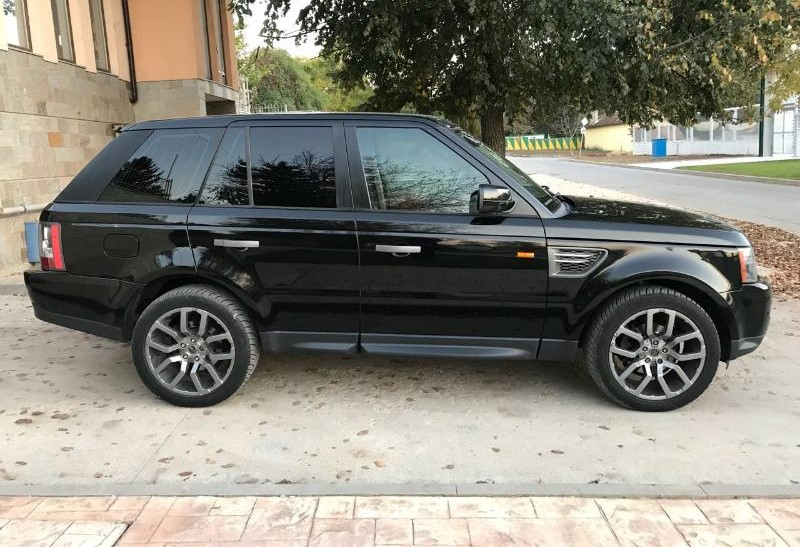 Land Rover Range Rover Sport - image 9