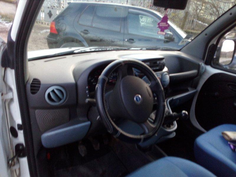 Fiat Doblo - image 11