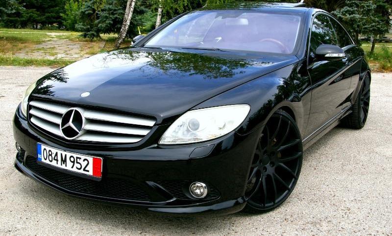 Mercedes-Benz CL 500 - image 1