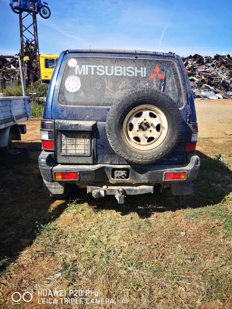 Mitsubishi Pajero - image 4