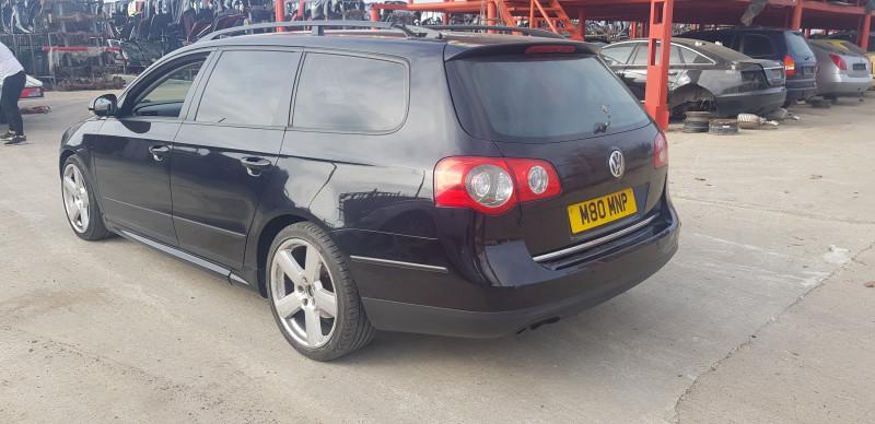 VW Passat - image 7