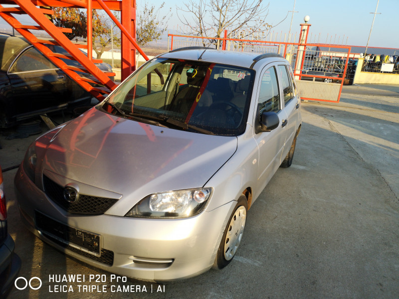Mazda 2 - image 1