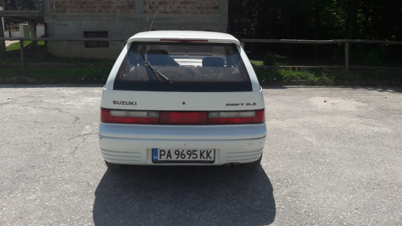 Suzuki Swift - image 5