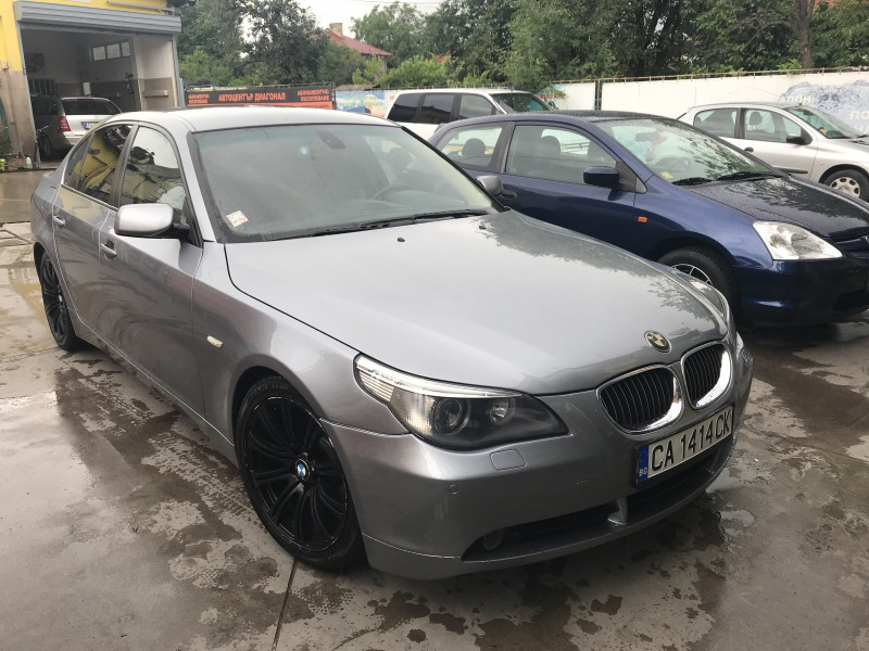 BMW 530 - image 1