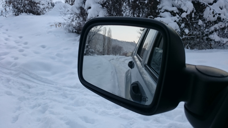 Jeep Cherokee - image 13