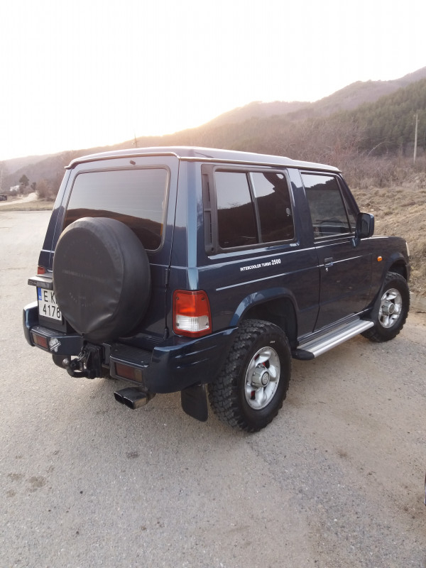 Hyundai Galloper - image 2