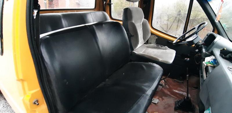 8- Ford Tranisit