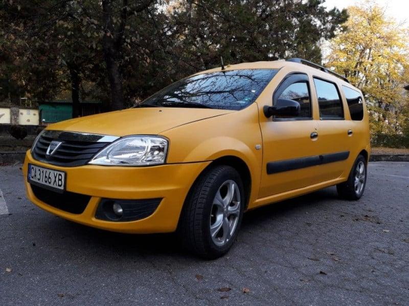 Dacia Logan - image 1