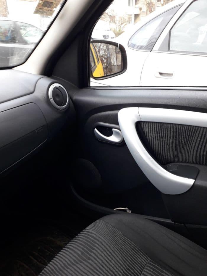 Dacia Logan - image 9