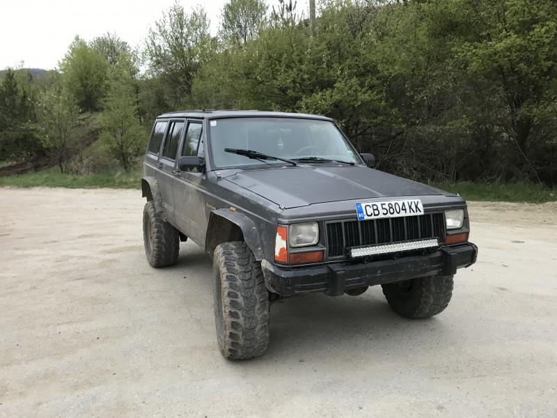 Jeep Cherokee - image 4