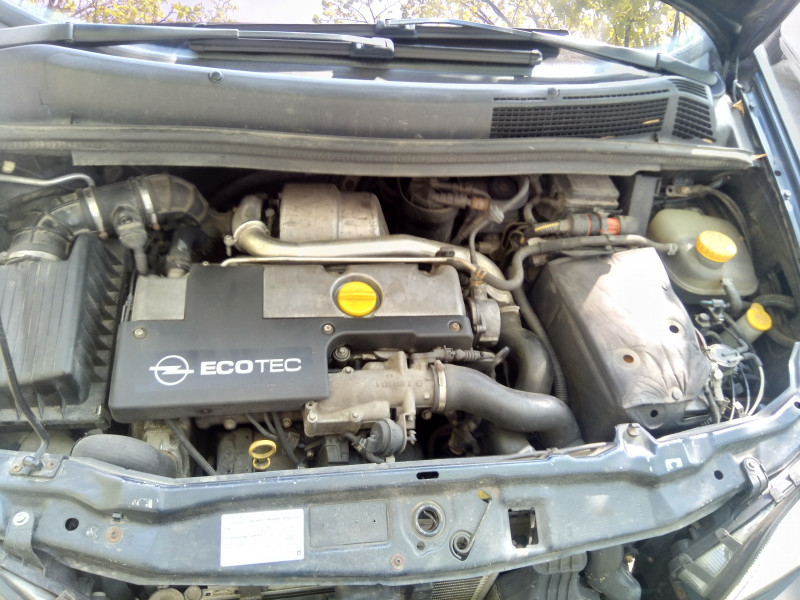 Opel Zafira - image 3