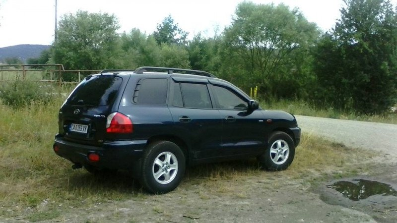 Hyundai Santa Fe - image 1