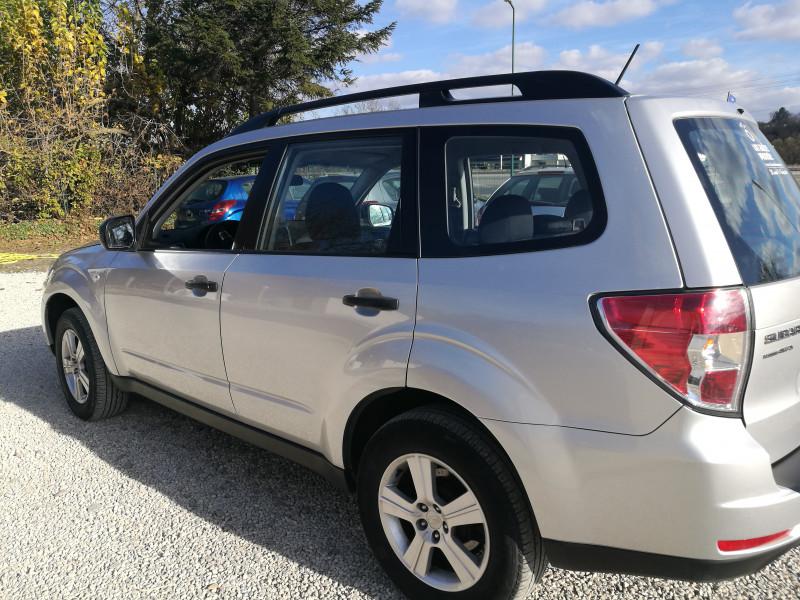 Subaru Forester - image 9