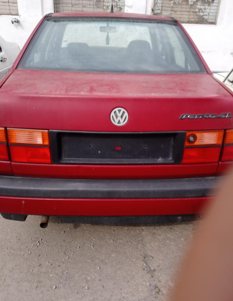 VW Vento - image 2