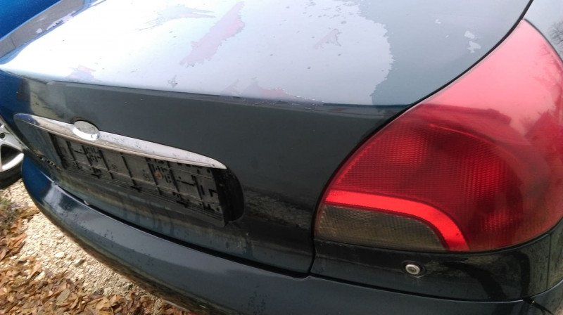 Ford Mondeo - image 1