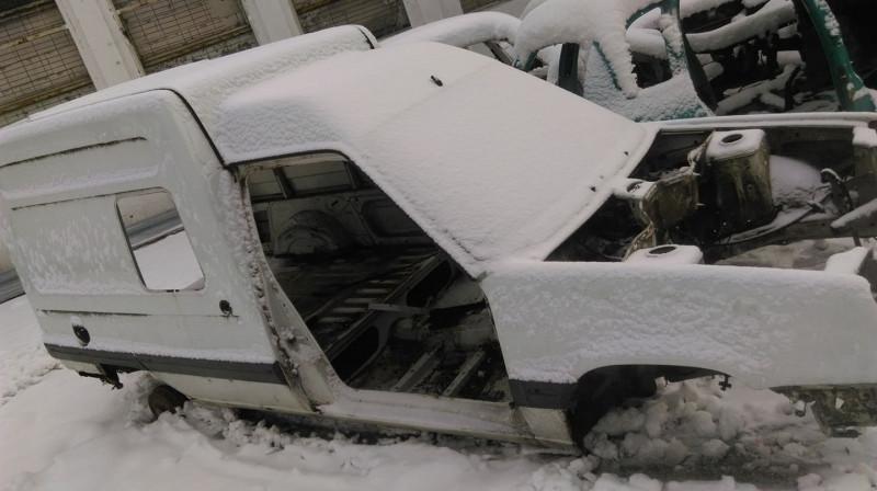 Renault Rapid - image 1