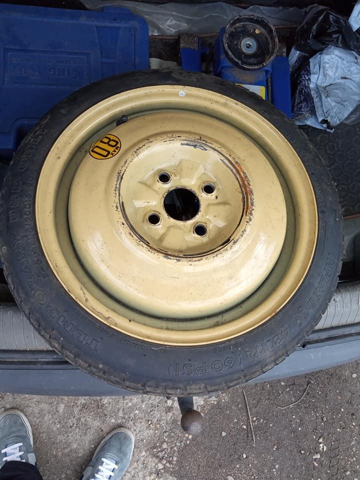Гума тип патерица Mazda Мазда 323