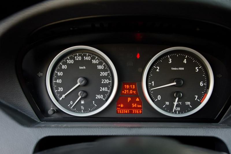 BMW 645 - image 12