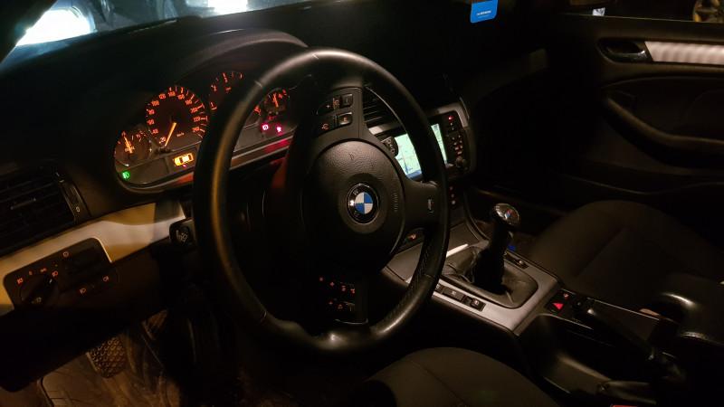 BMW 330 - image 5