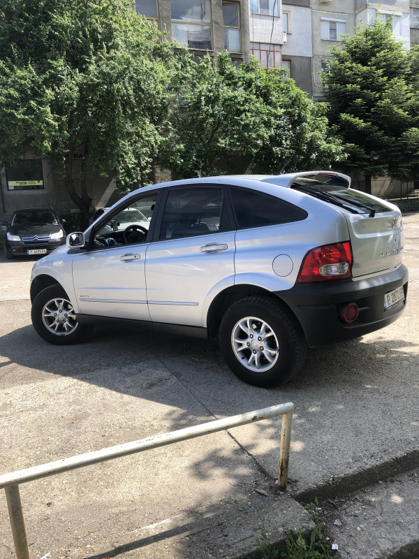 Ssangyong Actyon - image 2