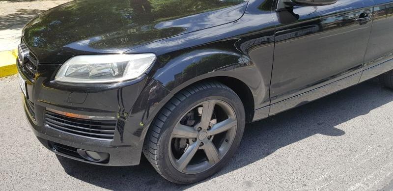 Audi Q7 - image 9