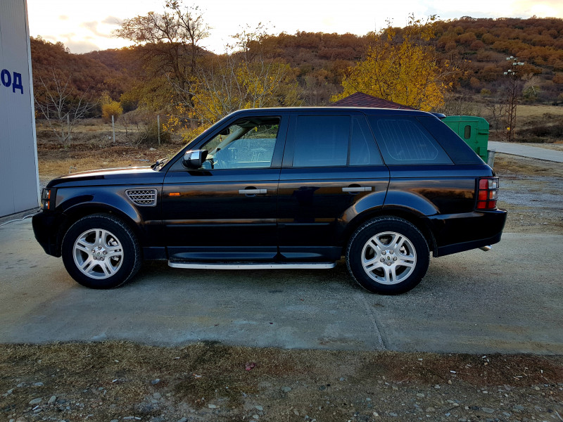 Land Rover Range Rover Sport - image 1