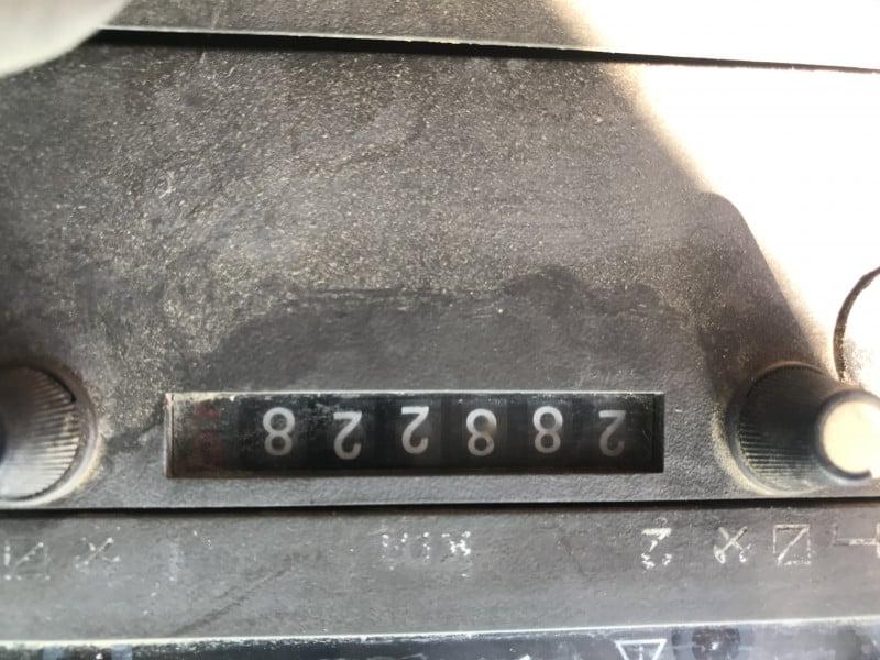 11- Mercedes-Benz 1317