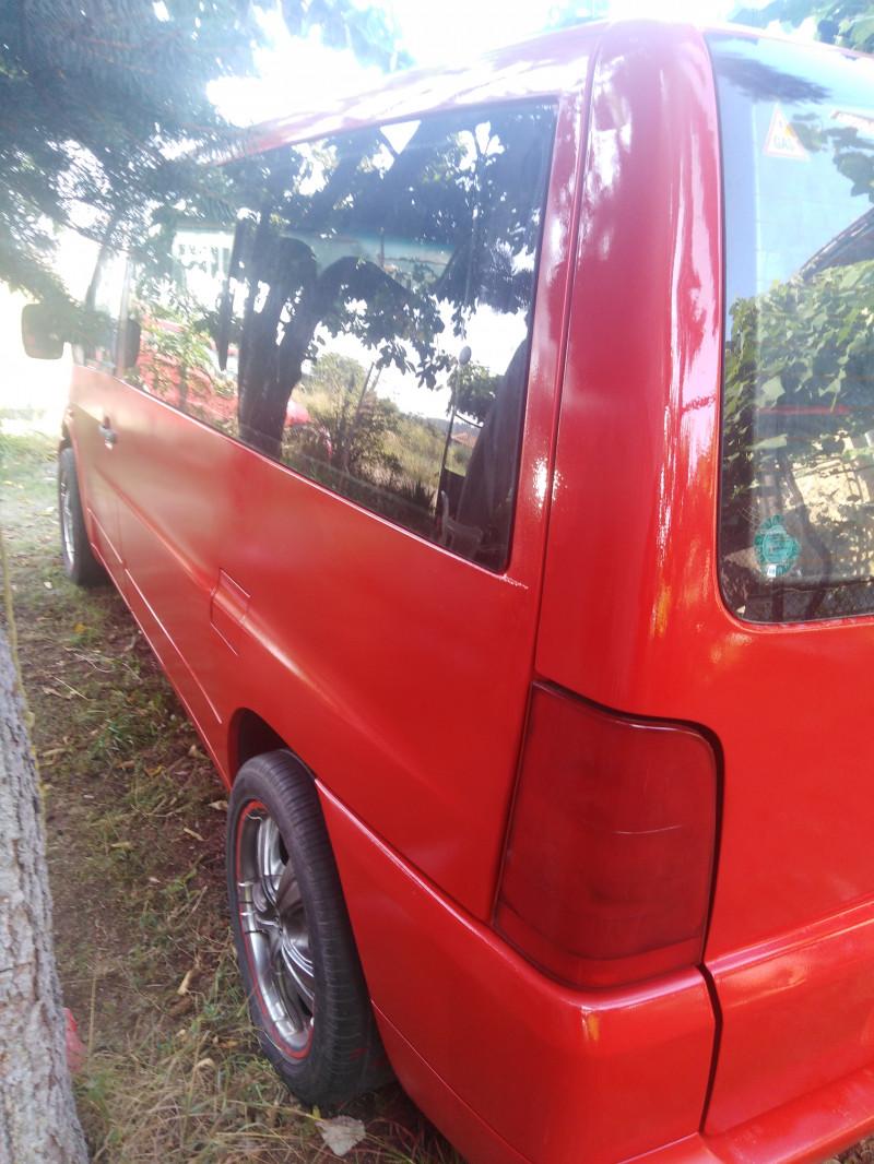 10- Mercedes-Benz Vito