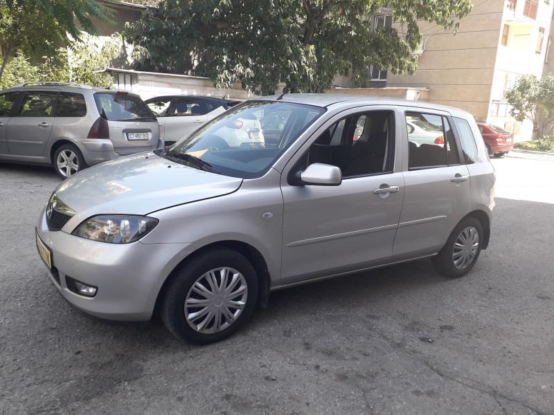 Mazda 2 - image 3